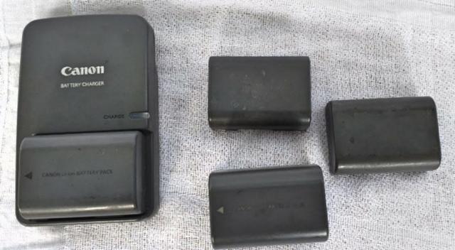 Canon Carregador Bateria. Bateria Battery Charger - Foto 4