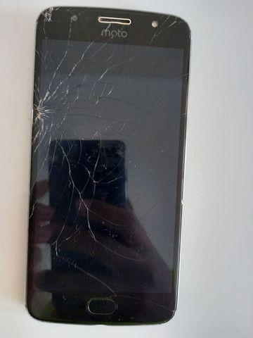 Moto G5s - tela quebrada ( ler descriçao ) - Foto 2