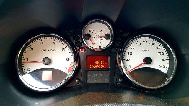 Peugeot 207 1.6 automático 2013 - Foto 6
