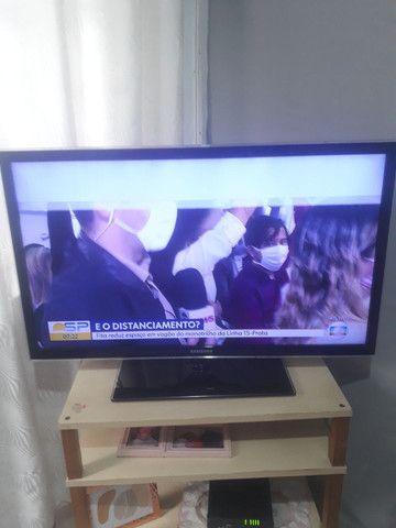 TV Samsung funcionando ,mais com led queimado . TIRAR PECAS  - Foto 2