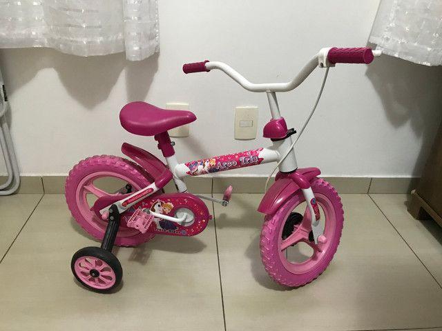 Bicicleta infantil feminina ARO 12
