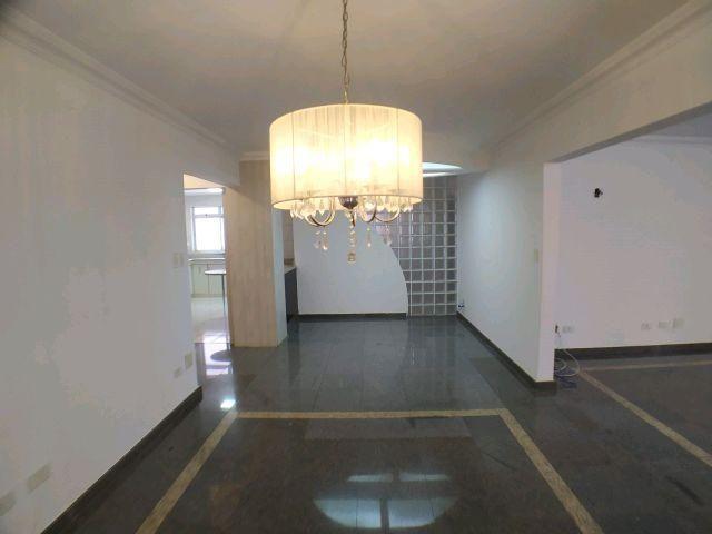 Locação   Apartamento com 204.23m², 3 dormitório(s), 1 vaga(s). Zona 01, Maringá - Foto 6