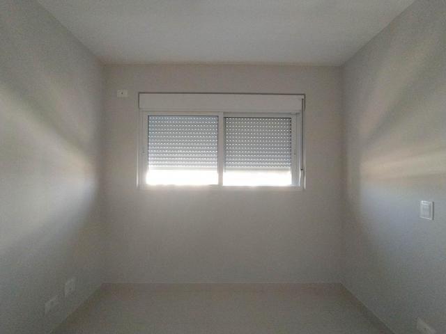 Locação   Apartamento com 81.26m², 2 dormitório(s), 2 vaga(s). Zona 01, Maringá - Foto 15