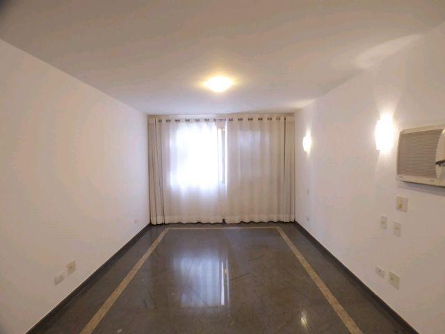 Locação   Apartamento com 204.23m², 3 dormitório(s), 1 vaga(s). Zona 01, Maringá - Foto 8