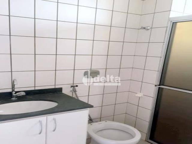 Apartamento com 3 dormitórios à venda, 69 m² por R$ 169.000,00 - Lagoinha - Uberlândia/MG - Foto 11