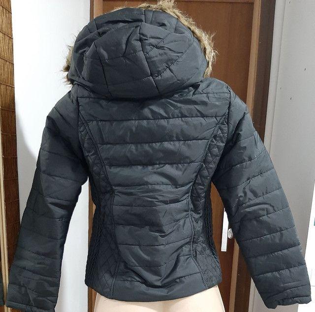 OFERTA Jaquetas femininas forradas com capuz de 249.00 por 149.00 - Foto 5