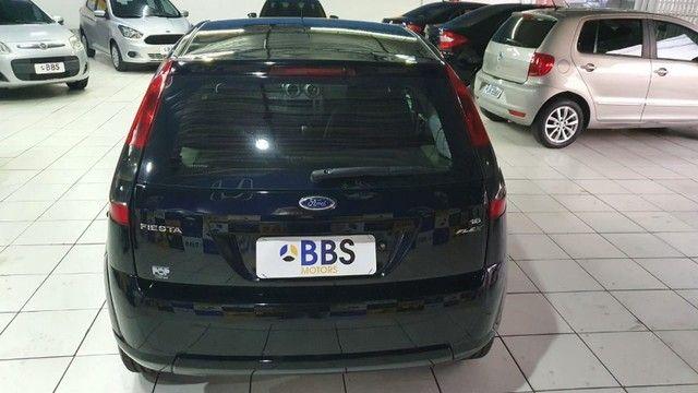 Ford Fiesta hatch 1.6 - Foto 8