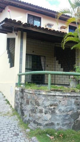 Village em Itapuã, 2 quartos com dependência em condomínio