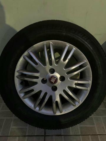 Vende se ou troca em 4 pneus 205/50/17 em bom estado - Foto 4