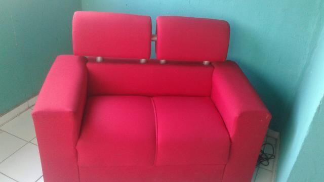 Vendo um sofa de dois acento cime novo
