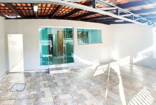 QR 602 vendo casa em Samambaia, escriturada, confira!