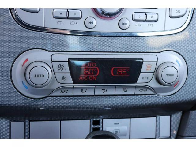 Ford Focus TITANIUM HATCH - Foto 12