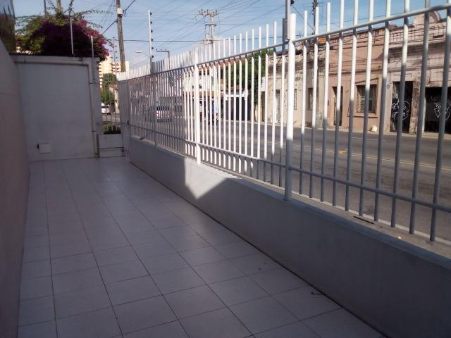Aluga-se Kitinetes na Av. João Pessoa Próximo ao Imphar - Foto 4