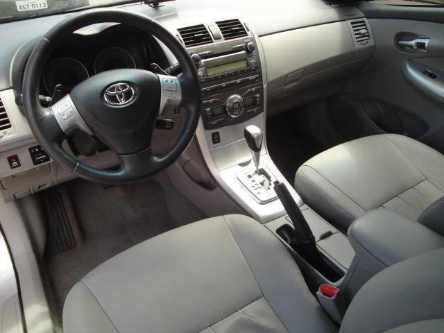 Toyota Corolla Xei 2013 Automático - Foto 12