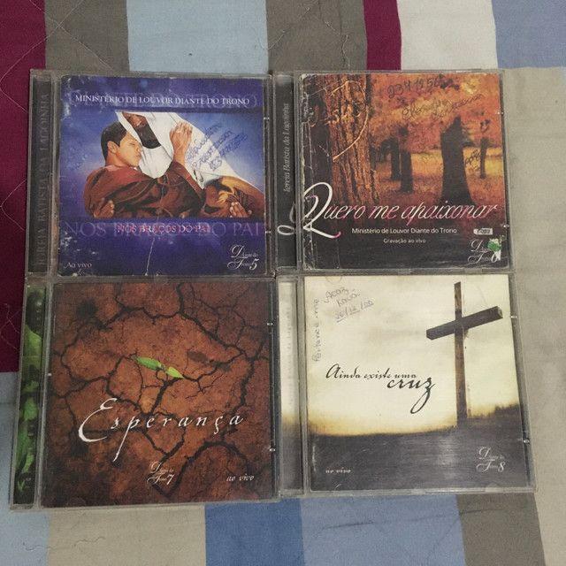 Diante do Trono (coleção de CDs originais) - Foto 2