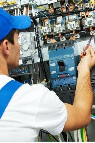 Contratamos técnico em eletrotécnica