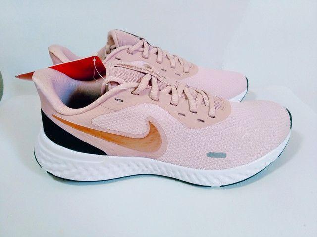 Tênis Original Nike revolution 5