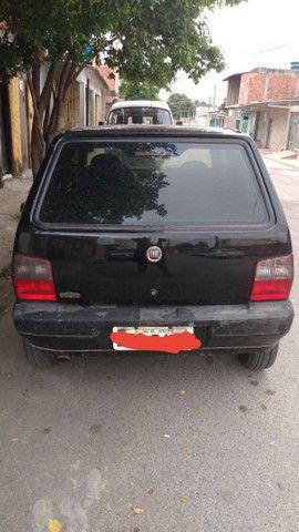 Fiat Uno Vendo Ou Troco (AR CONDICIONADO) - Foto 5
