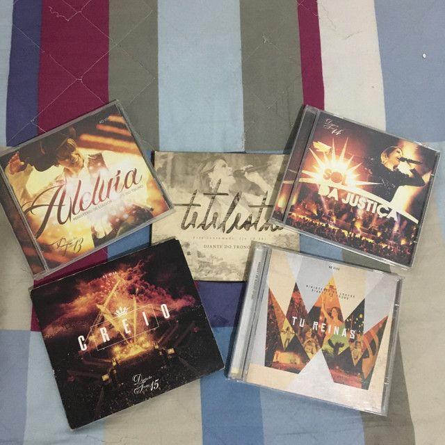 Diante do Trono (coleção de CDs originais) - Foto 4