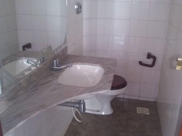 Sobrado em condomínio fechado, Alto do Bueno, 5 suítes - Foto 7
