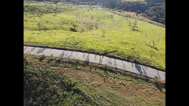 GL23/ Vende-se Lotes de 1000 metros em Mairinque SP - Foto 3