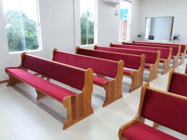 Bancos, Altares e tribunas - Todos os tipos de móveis para igrejas - Foto 3