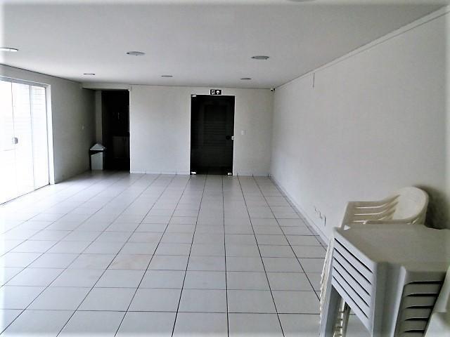 Locação   Apartamento com 21m², 1 dormitório(s), 1 vaga(s). Zona 07, Maringá - Foto 7