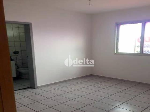 Apartamento com 3 dormitórios à venda, 69 m² por R$ 169.000,00 - Lagoinha - Uberlândia/MG - Foto 10