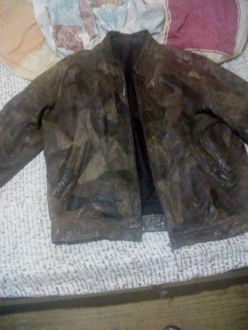 Vendo 2 jaquetas de Couro  - Foto 4