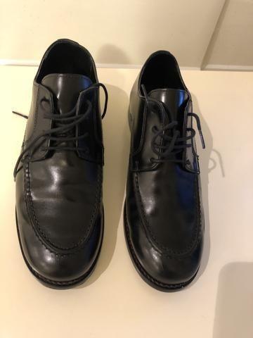 Sapato em couro - marca Broksfield - tamanho 37
