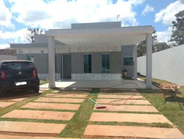 Samuel Pereira oferece: Casa Nova de 3 Suítes no Condomínio Alto da Boa Vista Sobradinho