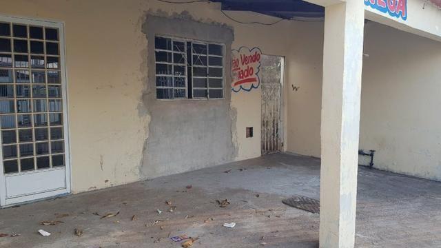 Casa de 2 Quartos - Escriturada com Barraco de Fundo - Aceita Proposta - Foto 9