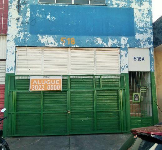 Alugue Galpão com 900m² na Rua do Acre
