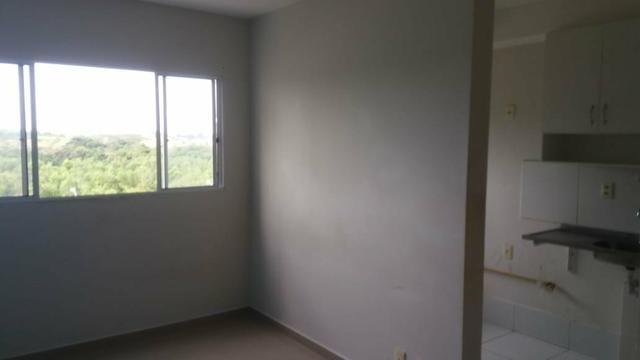 Apartamento 2qt com garagem, Manguinhos - Foto 2