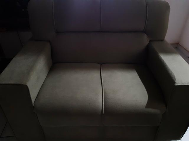 Vendo dois sofá semi novos - Foto 6