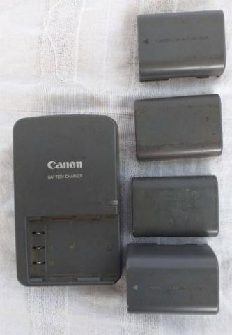 Canon Carregador Bateria. Bateria Battery Charger - Foto 3