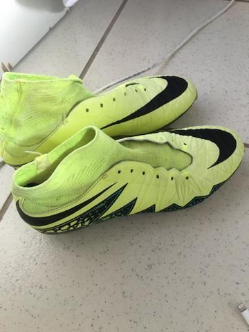 Chuteira de campo Nike primeira linha - Esportes e ginástica ... e22438ba7e35d