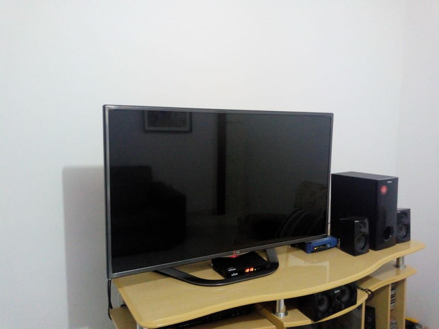 Tv LG smart 42 Leia o anuncio whats * - Foto 2