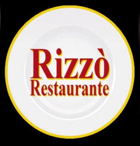 Vendo restaurante em pleno funcionamento com clientela formada
