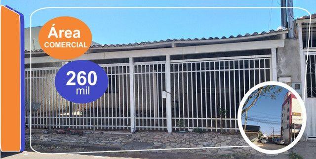 Casa-Avenida Comercial-Etapa A-Valparaíso 1-