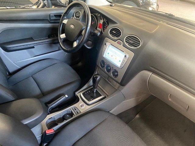 Focus Sedan 2.0 AT - 2011 - Foto 10