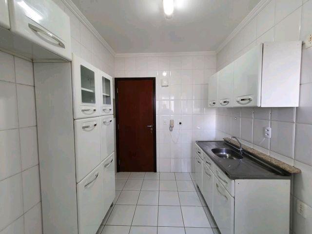 Locação | Apartamento com 74m², 3 dormitório(s), 1 vaga(s). Zona 07, Maringá - Foto 10