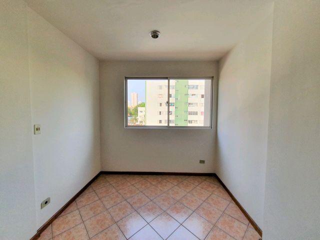 Locação   Apartamento com 29 m², 2 dormitório(s), 1 vaga(s). Zona 07, Maringá - Foto 3