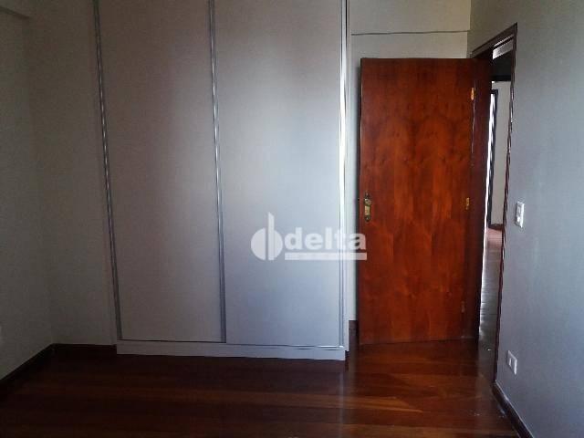 Apartamento com 3 dormitórios para alugar, 200 m² por R$ 2.500,00 - Centro - Uberlândia/MG - Foto 20