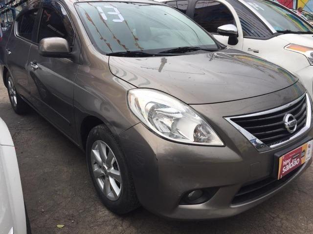 Nissan Versa 1.6 Sl Flex 2013