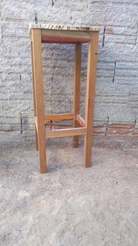 Banquinhos de madeira - Foto 4