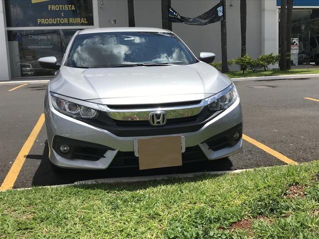 Vendo Honda Civic EXL G10 2017/17 Prata - muito novo / conservado - Foto 3