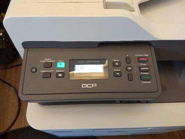 Impressora multifuncional laser colorida DCP- L3551CDW Brother - Foto 3