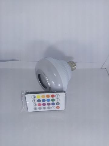 Lâmpada LED com Alto Falante Bluetooth + Controle Remoto