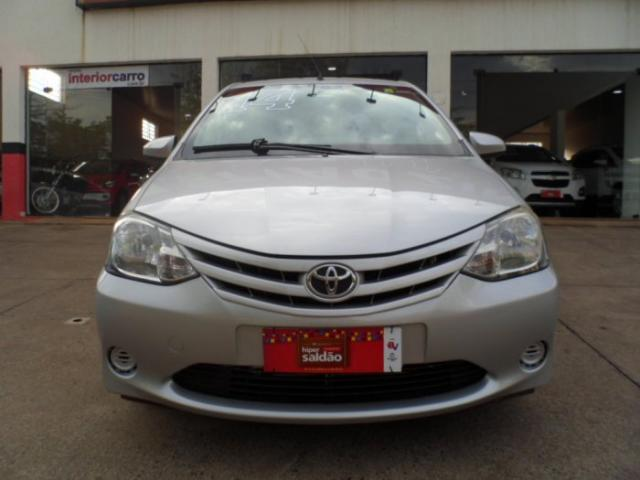 Toyota etios sedan 2014 1.5 x sedan 16v flex 4p manual - Foto 2